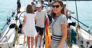 Queen Letizia Mallorca sailing