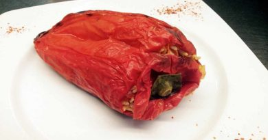 red peppers stuffed with rice